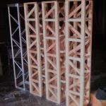 木製トラスを開発。奮闘中!